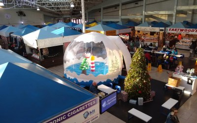 Snowglobes are perfect for indoor or outdoor events