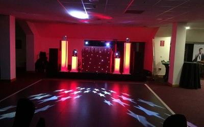 Red xmas theme DJ setup