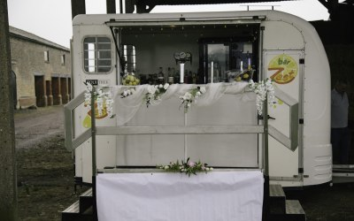 Our mobile horsebox bar