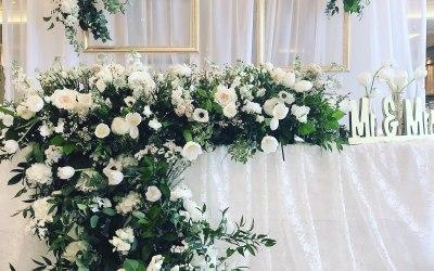 main table flower design
