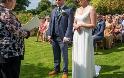 Julia Hawkes Your Celebrant in the Cotswolds 7
