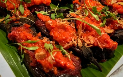 Grilled aubergine with tomato & chilli sauce