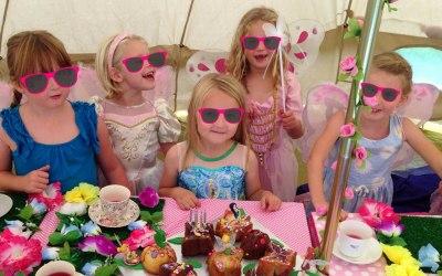 Dollyday Dreams Party Caravan 4