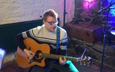 Finlay - Guitar