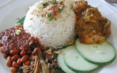 Malaysian coconut rice dish beef rendang