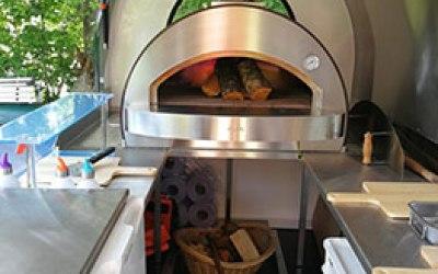 Oak Oven Pizza Company 3