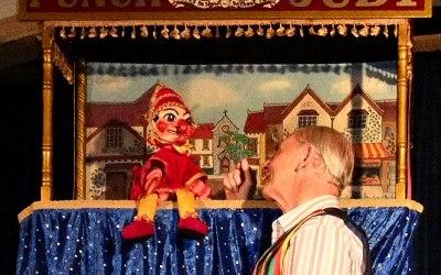 Mr Bimbamboozle's Puppet Magic 4