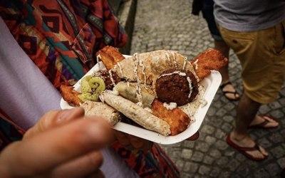 Mezze Box (Falafels, Hummus, Baba Ganoush, Tahini lemon yoghurt, Pita bread, Halloumi fries etc