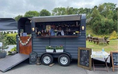 The Mobile Gin Bar 2