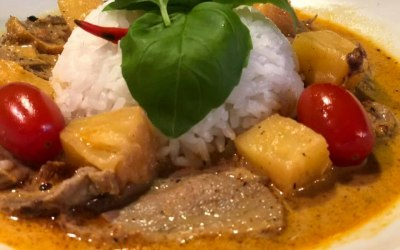 Duck curry with rice