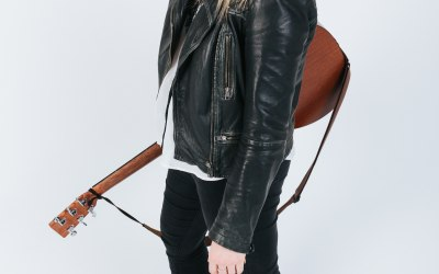 Chloe Acoustic 3