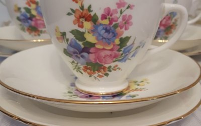 The Vintage China Cabinet 3