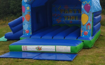 Partytime Castle Combo with slide