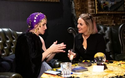 Corporate event psychic reader