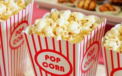 Hot popping popcorn
