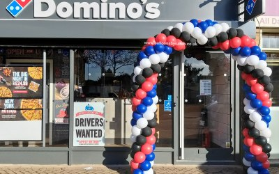 Spiral balloon arch for Domino's