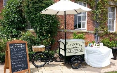 Derbyshire Ice Cream Bike wedding 07551 756355