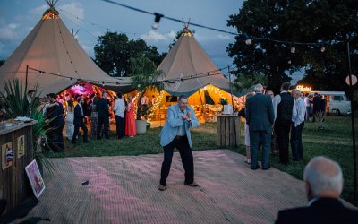 Josh & Philly's tropical tipi wedding
