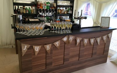 Tipples Mobile Bar and Catering Hire 4
