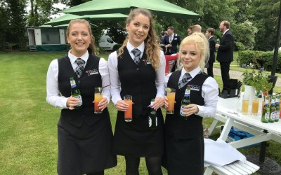 Tipples Mobile Bar and Catering Hire 9