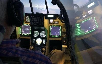 F-16 Doing Circuits