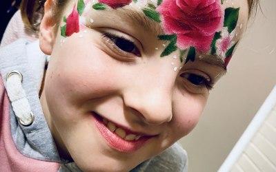 Ayrshire Face Paints & Glitter Bar 4