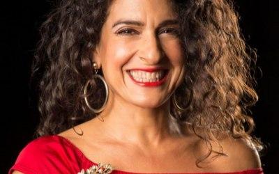 Ana Leon Singer 2
