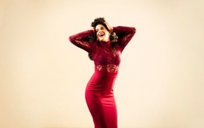 Ana Leon Singer 3