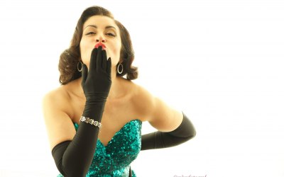 Glamourous Cabaret Singers