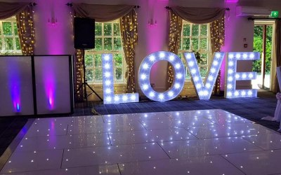 Moments In Time Weddings & Events 4