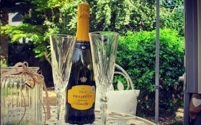 Prosecco Served at our Lovely Ornate Table