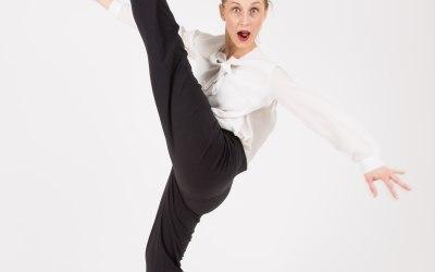 Anna Scott - Singer, Performer 4