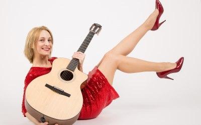 Anna Scott - Singer, Performer 1