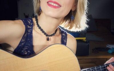 Anna Scott - Singer, Performer 7