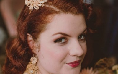 Retro style bride, natural smokey, bronze, peach tones makeup