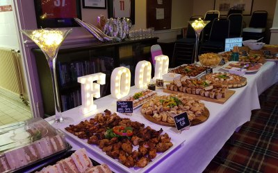 'FOOD' light up sign