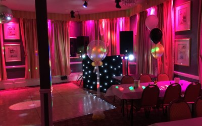 Elite Discos using many different lighting effects