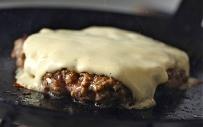 burger melted cheese