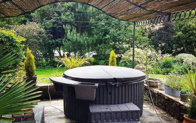 Antigua hot tub hire