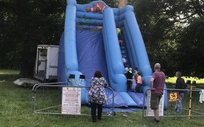 Inflatable slide 14ft high platform