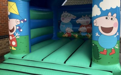 Peppa Pig Style Bouncy Castle