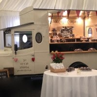 Vintage Asquith Mobile Catering and Coffee Van Splendid Coffee Company Cakes