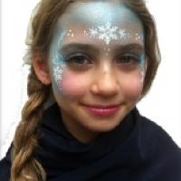 Face paint me happy frozen Elsa