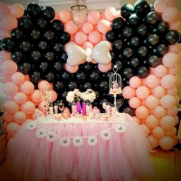 Minnie balloon wall
