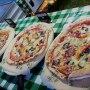 Artisan pizza buffet