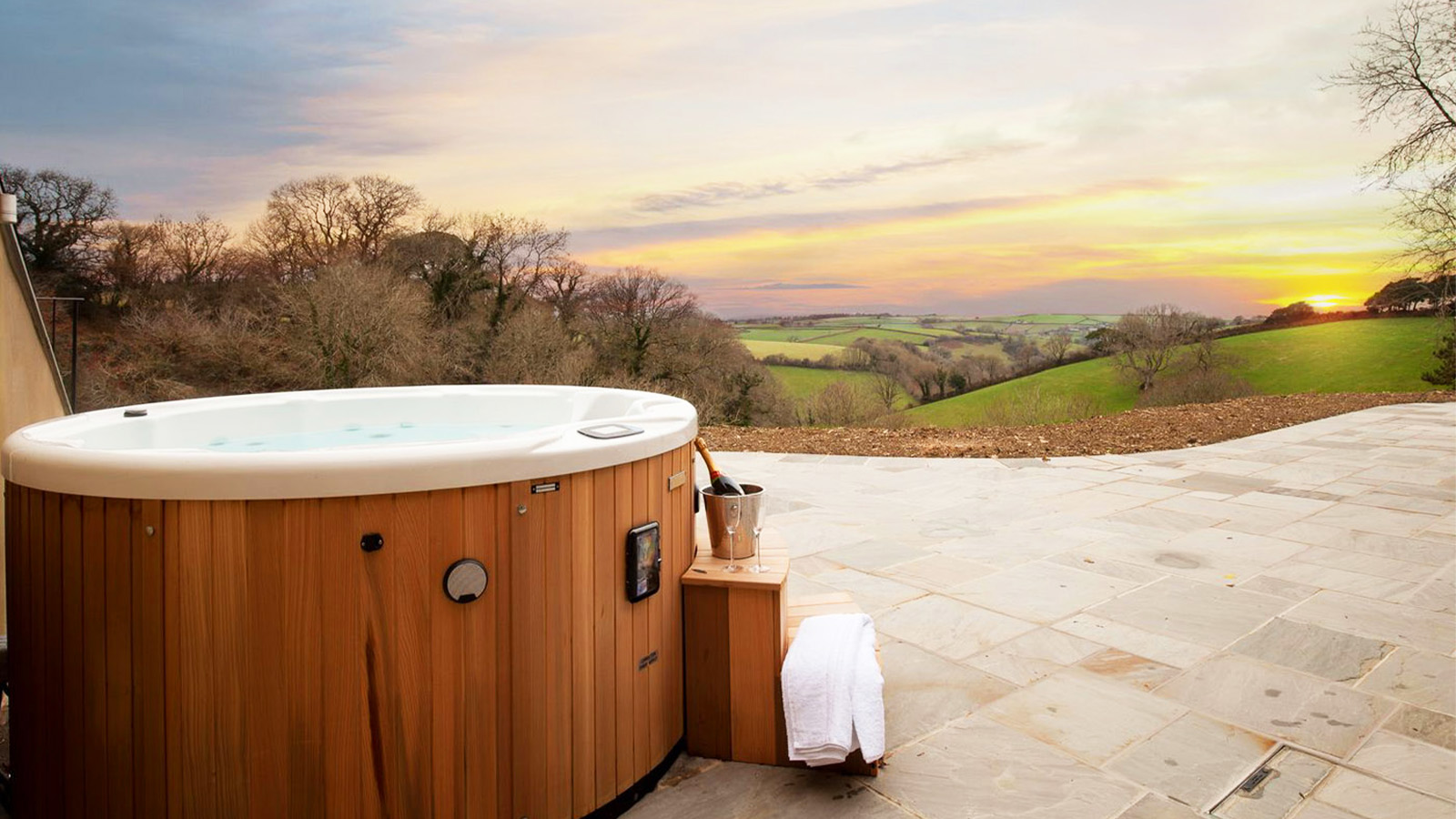 2021 S Best Hot Tub Hire London Add To Event
