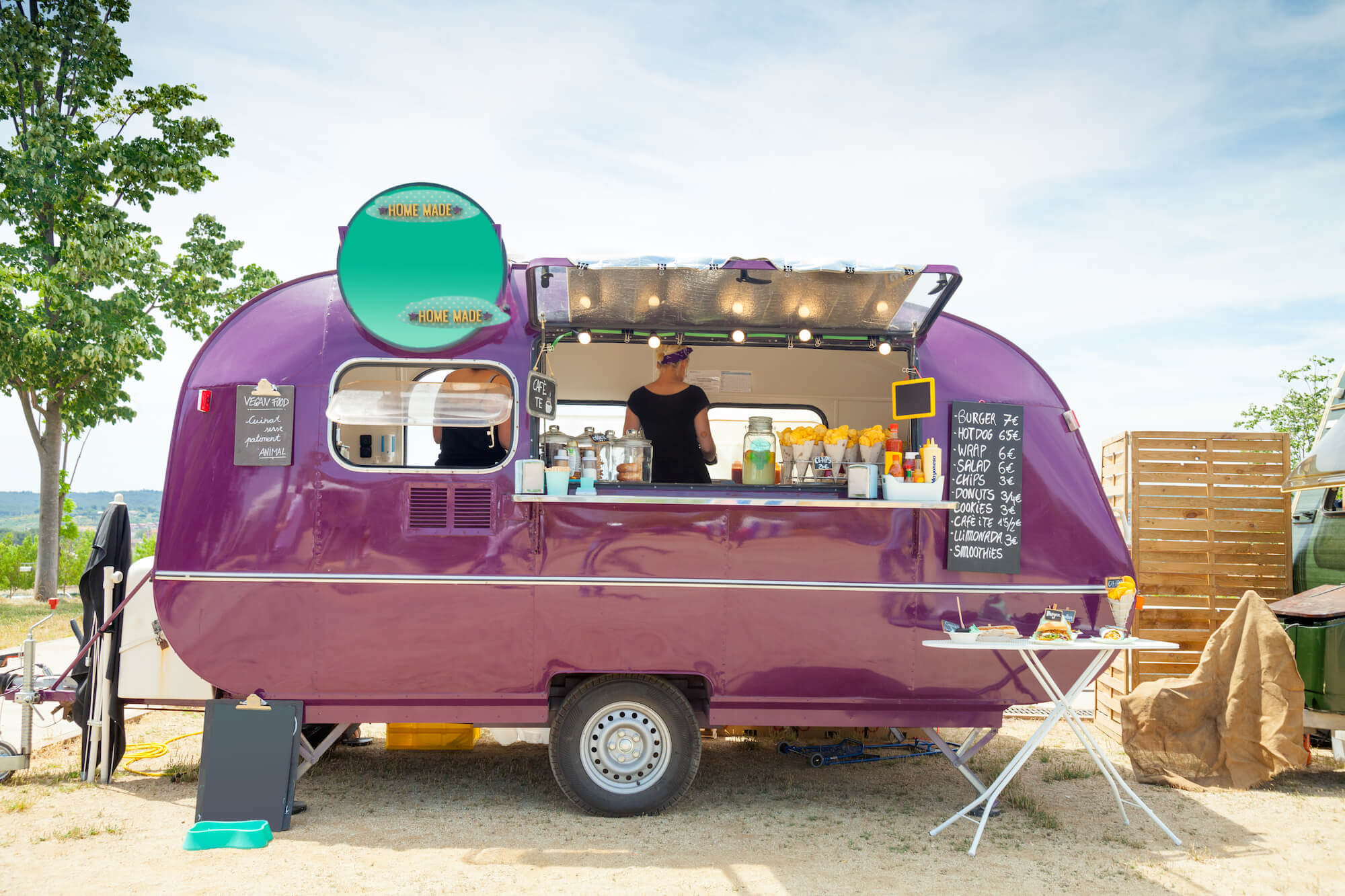 The popularity of street food vans and the delicious food they produce makes catering vans an attractive choice for events and gatherings.