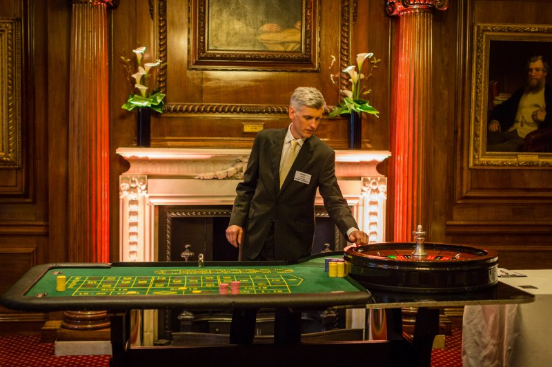 We caught up with founder of Viva Vegas, David Gant to find out about growing his fun casino hire business.